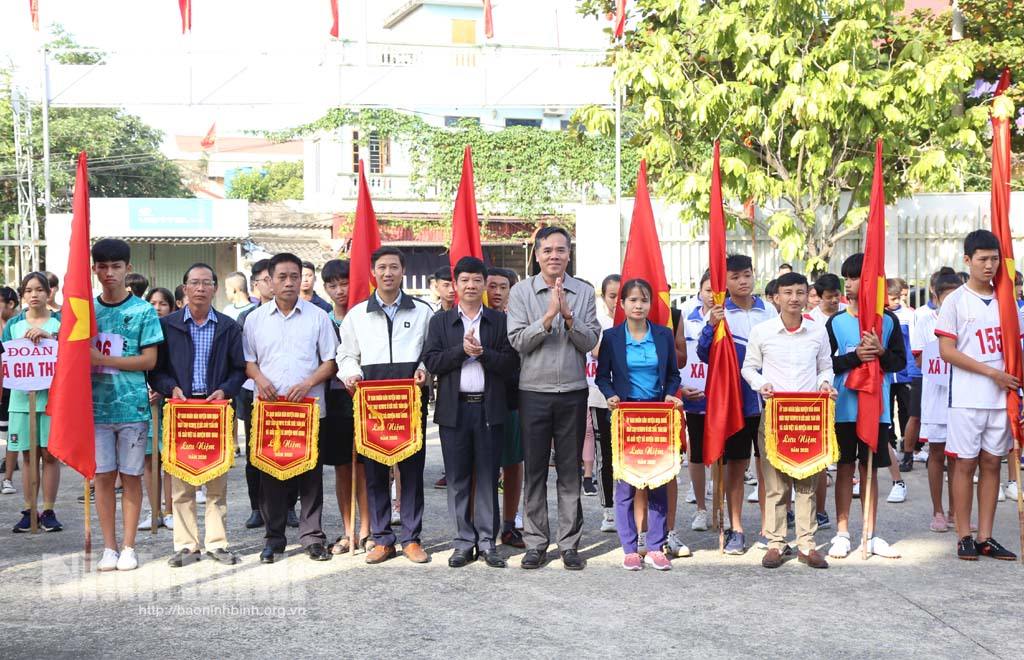 Ngày chạy Olympic vì sức khỏe toàn dân và giải Việt dã huyện Nho Quan năm 2020