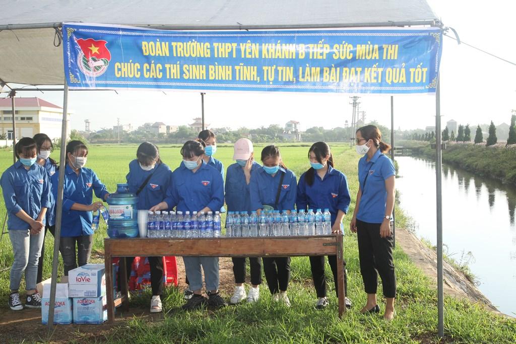 Thí sinh Ninh Bình bước vào ngày đầu tiên của mùa thi đặc biệt