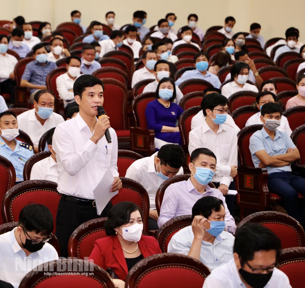 UBND tỉnh tổ chức hội nghị đối thoại với doanh nghiệp