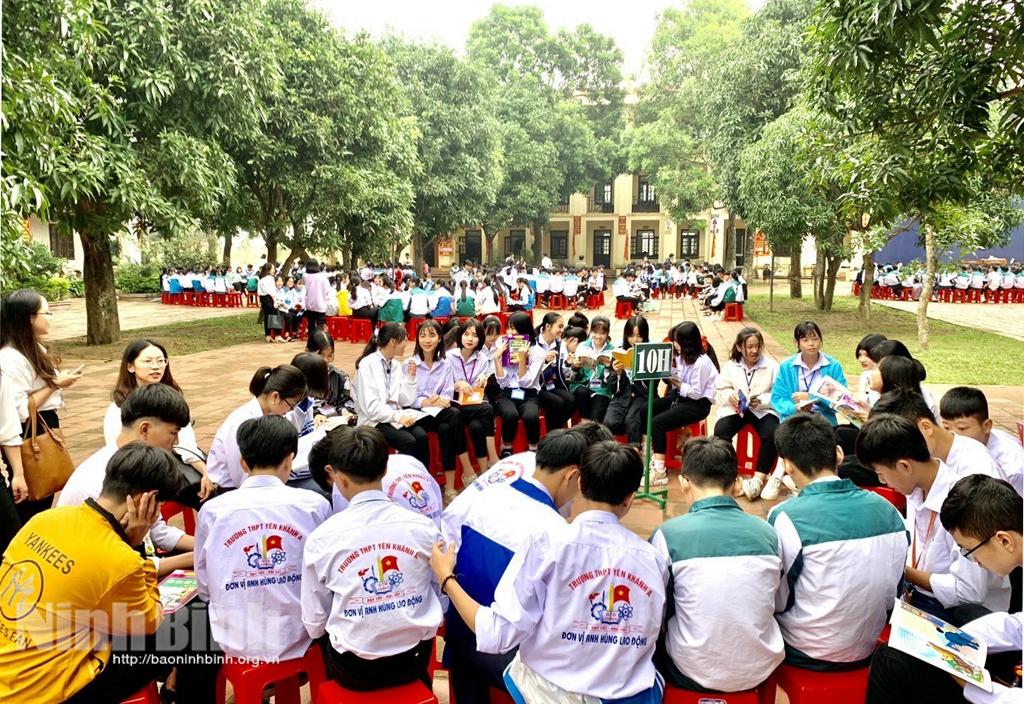 Ngày hội đọc sách tại Trường THPT Yên Khánh A