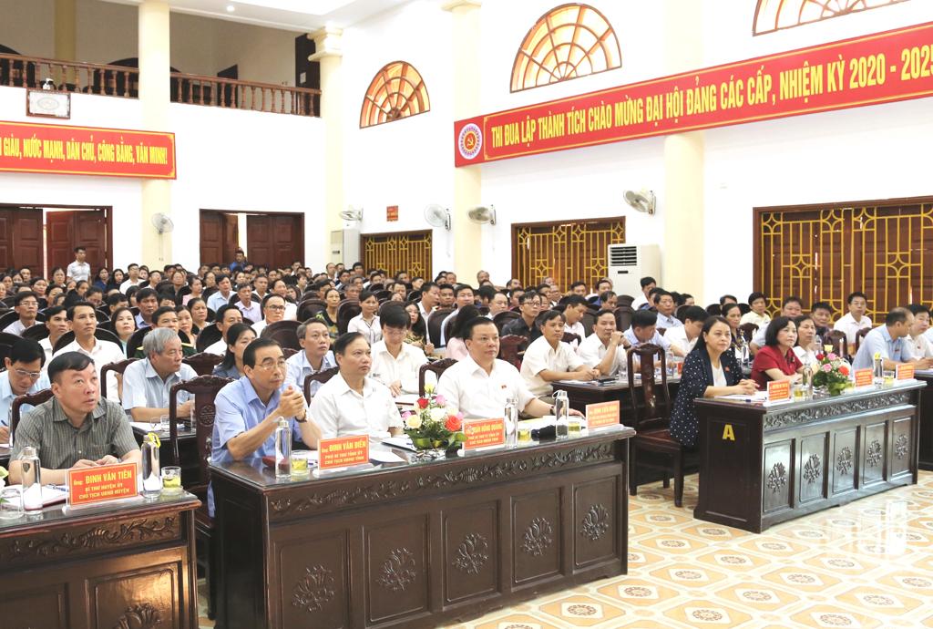 Đoàn Đại biểu Quốc hội tỉnh tiếp xúc cử tri Nho Quan