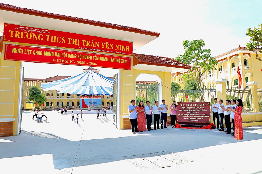 Đoàn kết, năng động, sáng tạo, xây dựng huyện Yên Khánh phát triển theo hướng nông thôn mới kiểu mẫu, giàu mạnh, văn minh