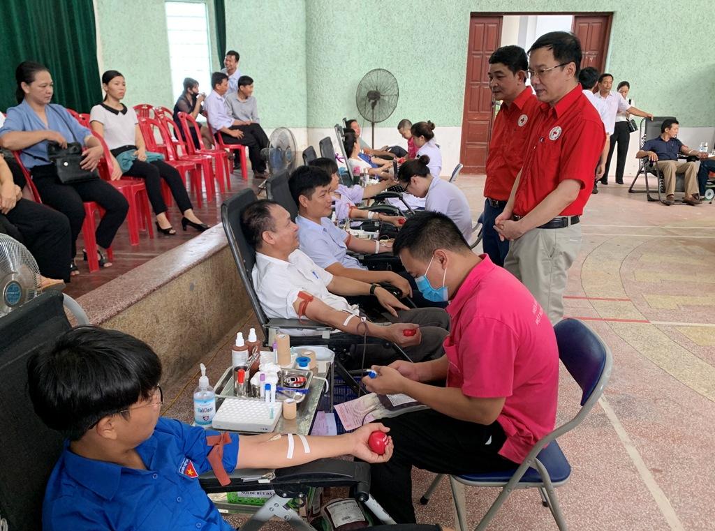 Kim Sơn tổ chức Ngày hội hiến máu tình nguyện năm 2020