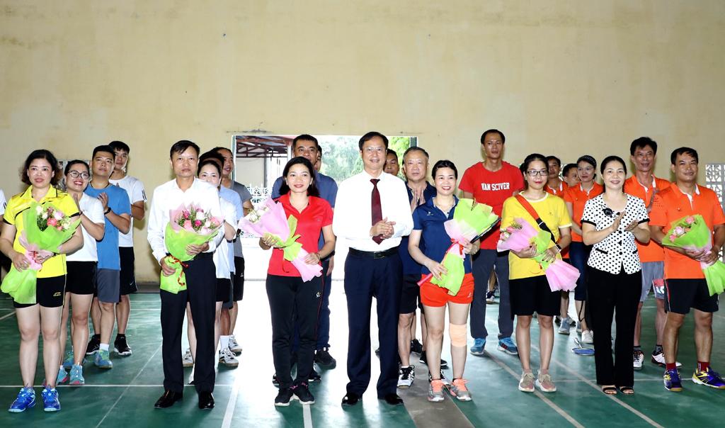 Khai mạc giải cầu lông huyện Hoa Lư năm 2020