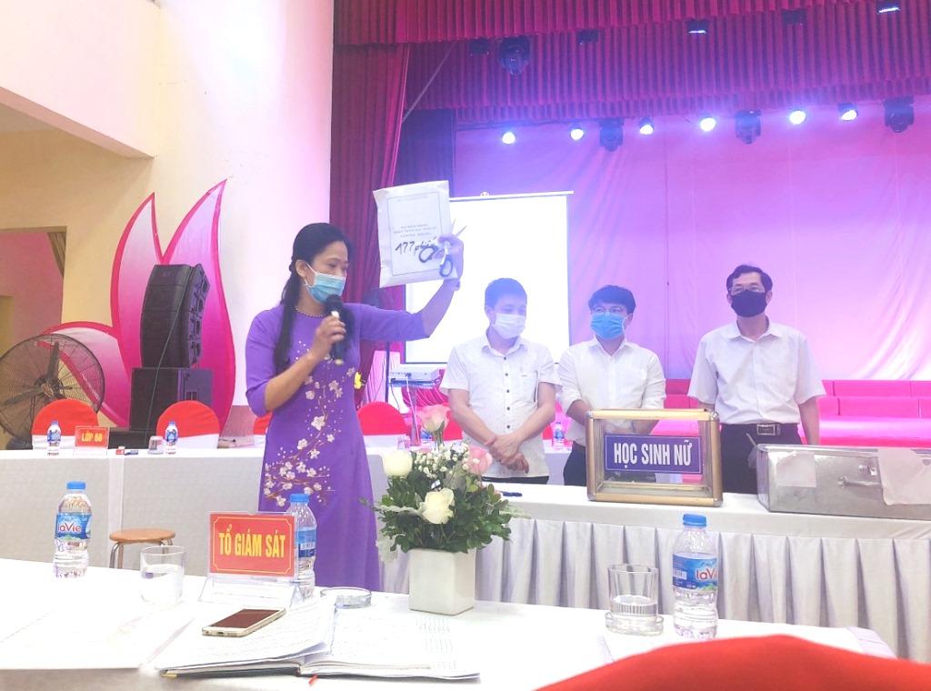 Thành phố Ninh Bình tổ chức bốc thăm vào lớp 6