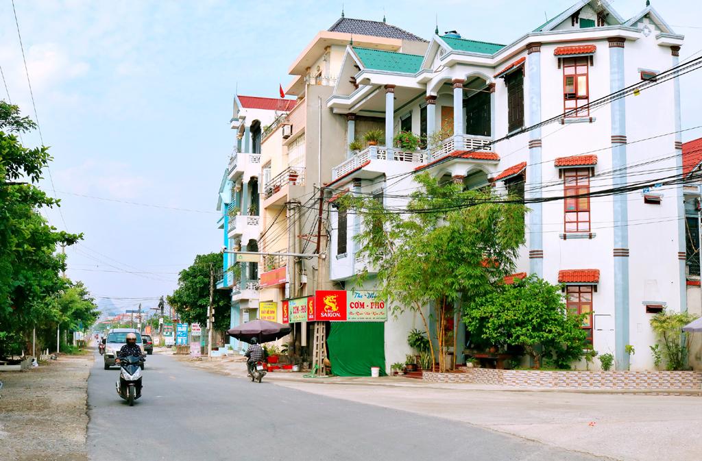 Kim Sơn thực hiện đợt cao điểm tuyên truyền Đại hội Đảng bộ huyện lần thứ XXIV