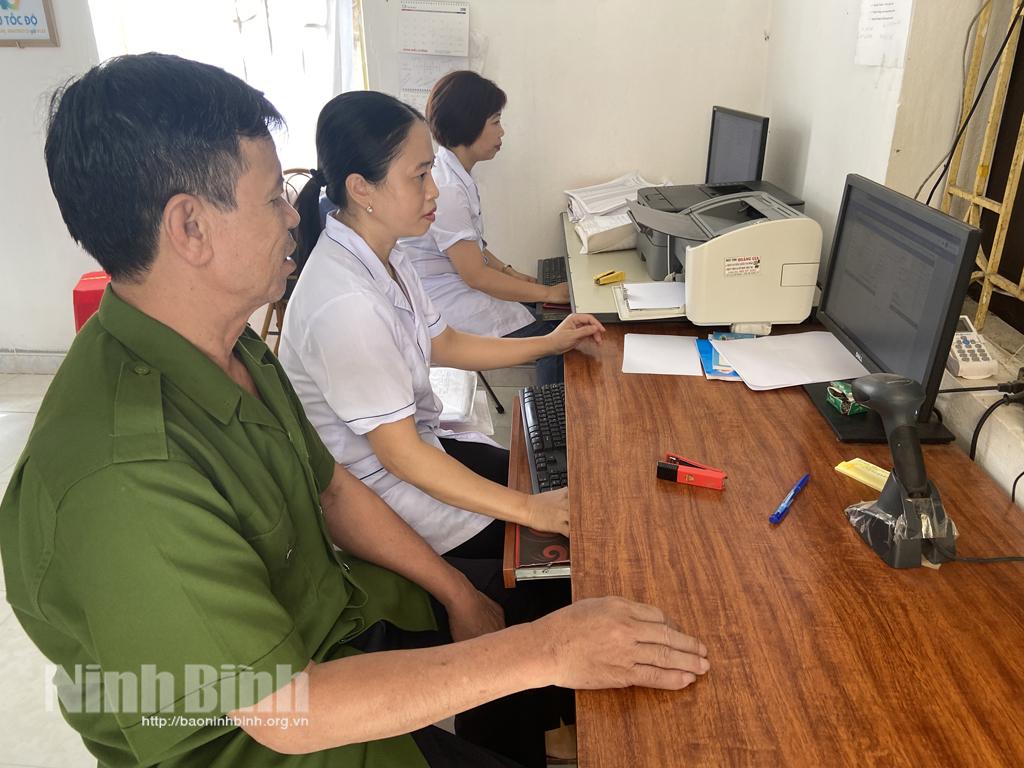 Nho Quan: Đơn vị dẫn đầu lập hồ sơ sức khỏe điện tử