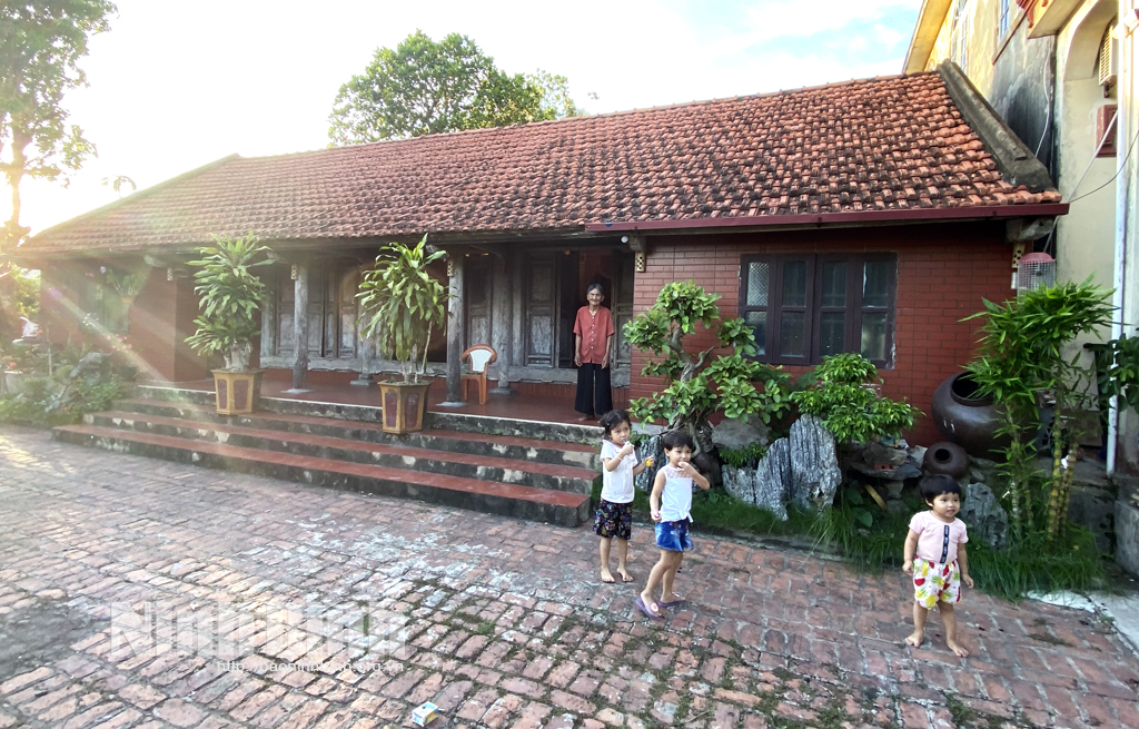 Kim Sơn bảo tồn nét đẹp kiến trúc của những ngôi nhà ngói đỏ