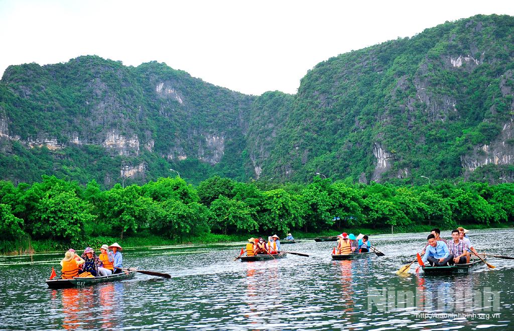 Phát triển du lịch hiệu quả và bền vững