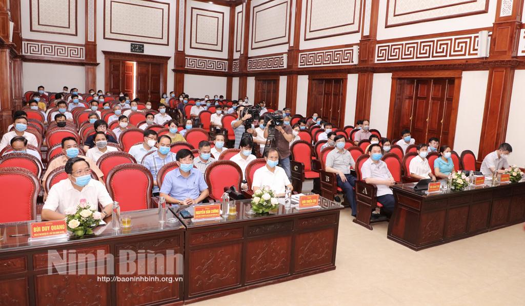 Ứng cử viên đại biểu Quốc hội khóa XV tiếp xúc cử tri