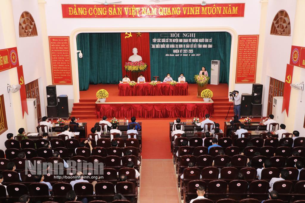 Ứng cử viên đại biểu Quốc hội khóa XV và đại biểu HĐND tỉnh nhiệm kỳ 2021- 2026 tiếp xúc cử tri