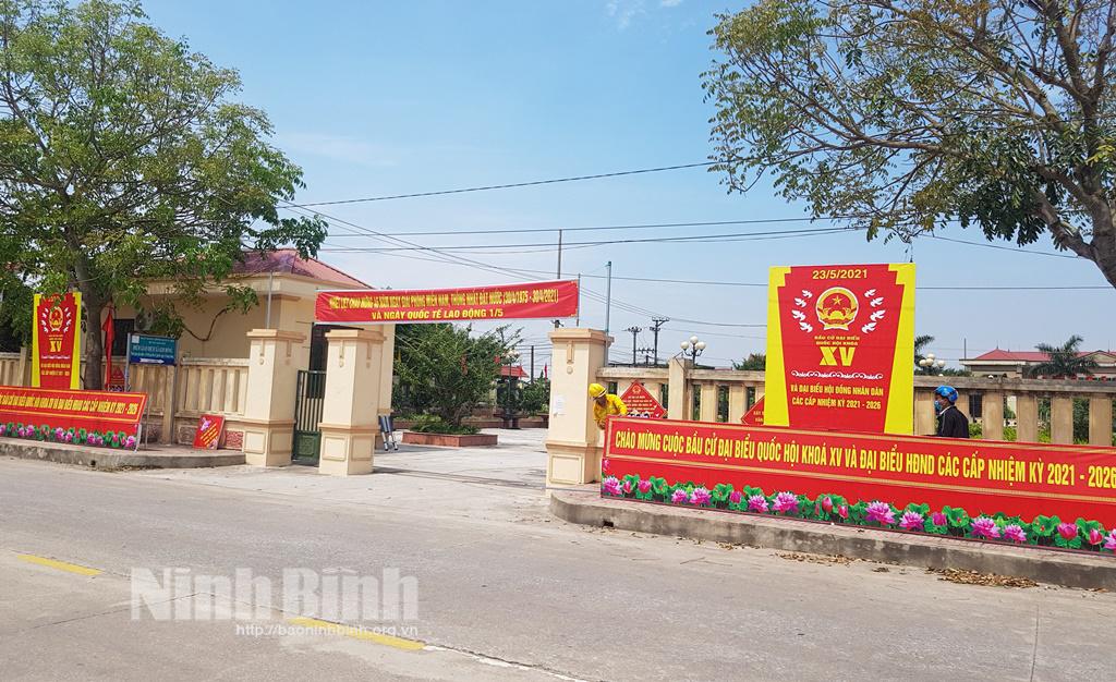 Người dân xã ven biển Kim Đông hướng về cuộc bầu cử