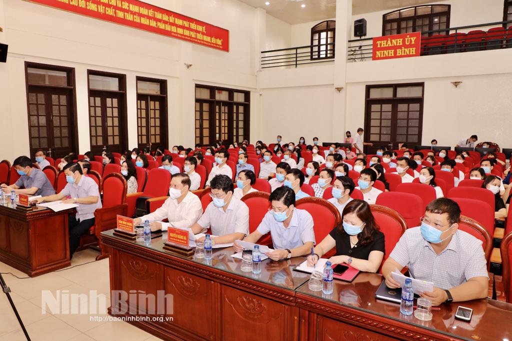 Tiếp xúc giữa cử tri với những người ứng cử đại biểu Quốc hội và đại biểu HĐND tỉnh nhiệm kỳ 2021- 2026