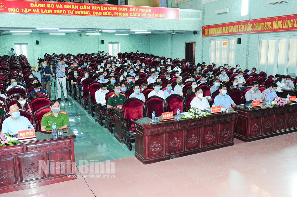 Ứng cử viên đại biểu Quốc hội khóa XV tiếp xúc cử tri huyện Kim Sơn, Gia Viễn