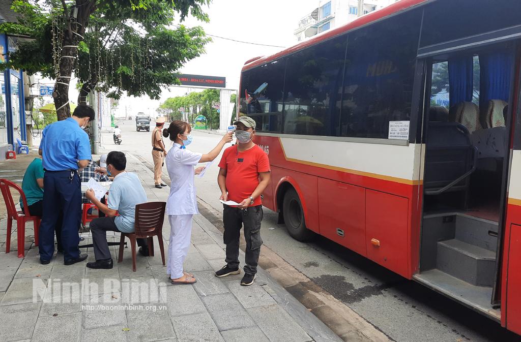 Ninh Bình tạm dừng nhiều tuyến vận tải hành khách để phòng chống dịch COVID- 19