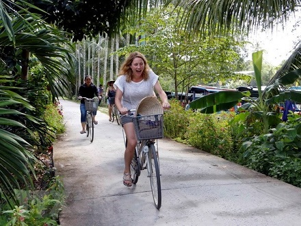 Vietnam tourism aims to lure North American tourists